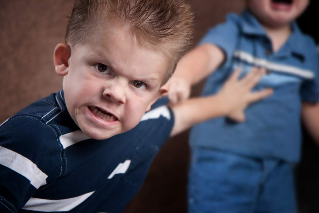 Почему ребёнок не слушается с первого раза?