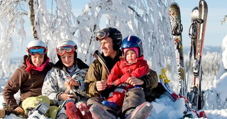 Топ-10 популярных зарубежных стран для отдыха зимой 2021 года