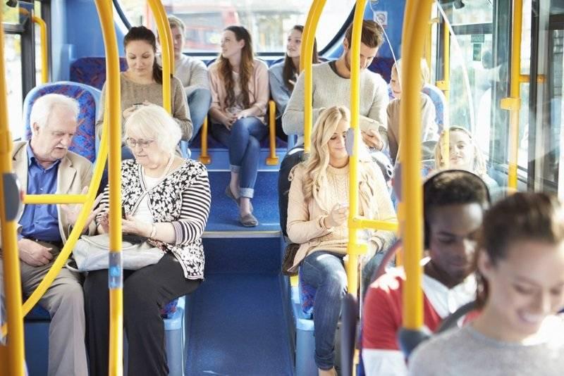 Правила поведения в общественном транспорте: что можно делать, а что нельзя, что нужно знать детям и родителям