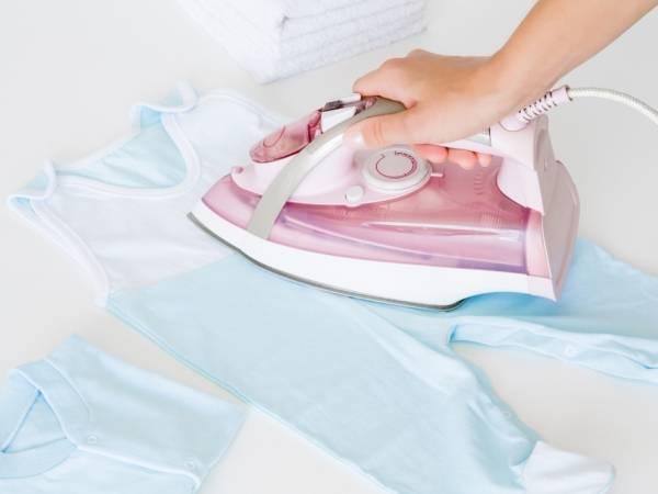 Как долго нужно гладить белье (пеленки) для новорожденного? И нужно ли их гладить?