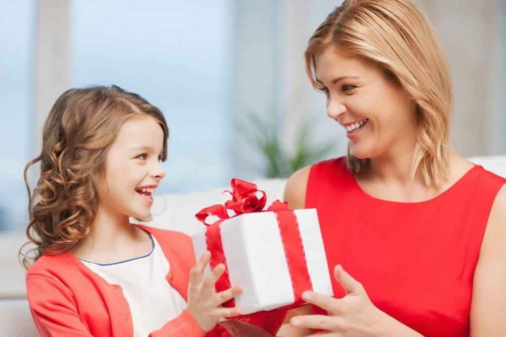 Что выбрать в подарок ребенку на новый год?