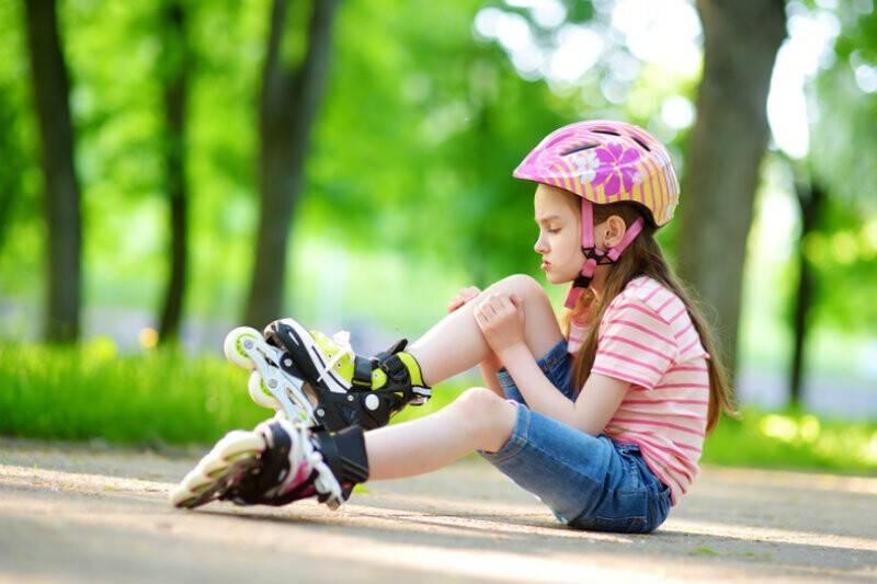 Как научить ребенка кататься на роликах? лучшие ролики для детей - отзывы, цены :: syl.ru