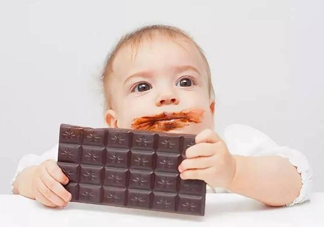 Почему детям нельзя сладкое – и чем его заменить