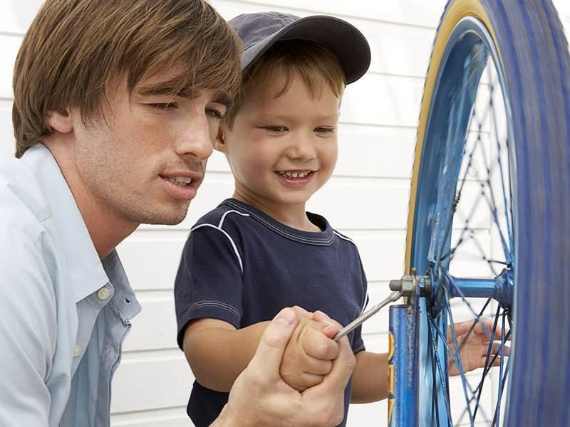 5 мифов о воспитании настоящих мужчин