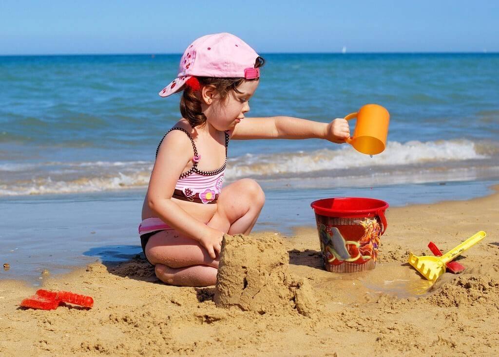 Как не потерять ребенка на пляже и что делать, если это все-таки произошло