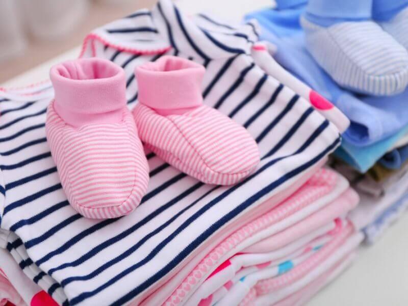 Типичные бесполезные подарки на рождение ребёнка