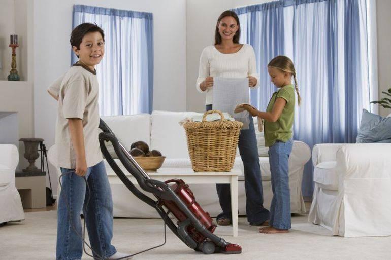 Дела домашние. что можно поручить малышу? детский труд