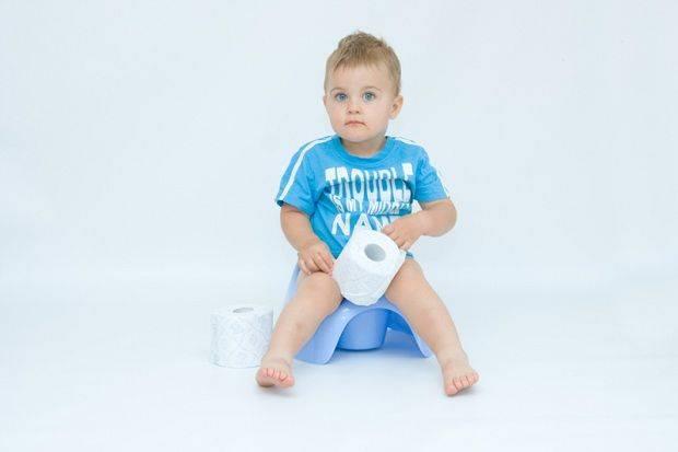 Что делать, если ребенок не хочет ходить на горшок?