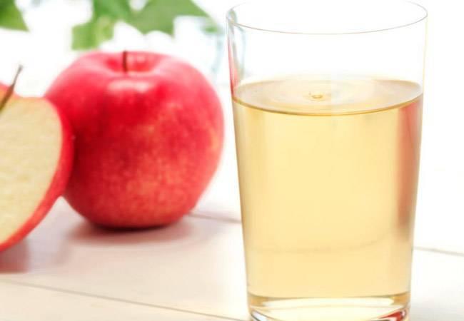 Можно ли при грудном вскармливании яблочный сок: плюсы и минусы