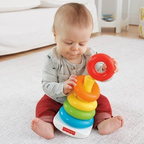 Развивающие игры и занятия для детей от 1 месяца до года: много конкретных игр, видео!