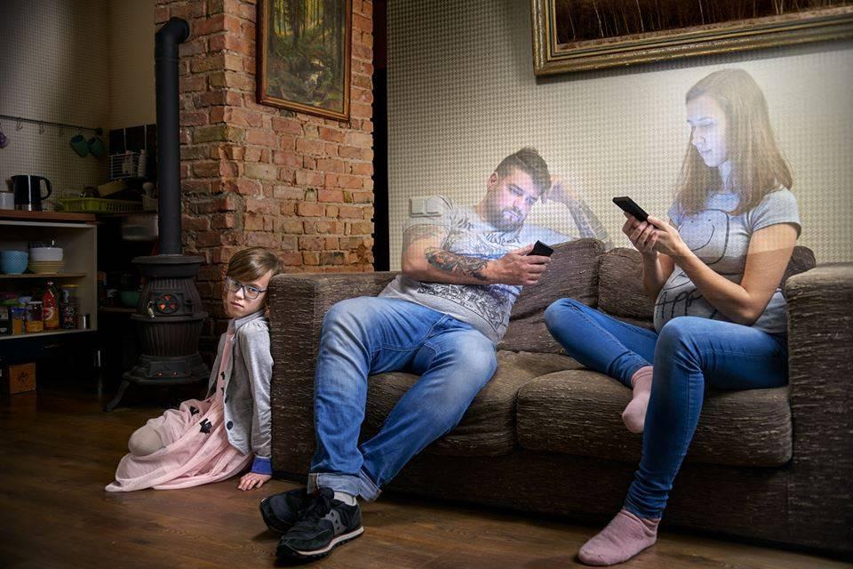 Фото детей и другие вещи, которыми опасно делиться в соцсетях | parents