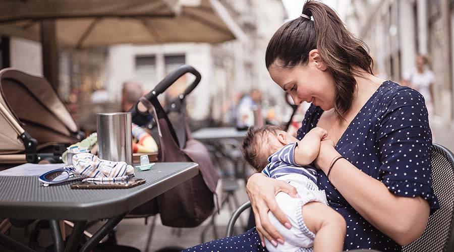 Ребенок идет в детский сад. надо ли отлучать от груди? надо ли прекращать кормления грудью перед детским садом