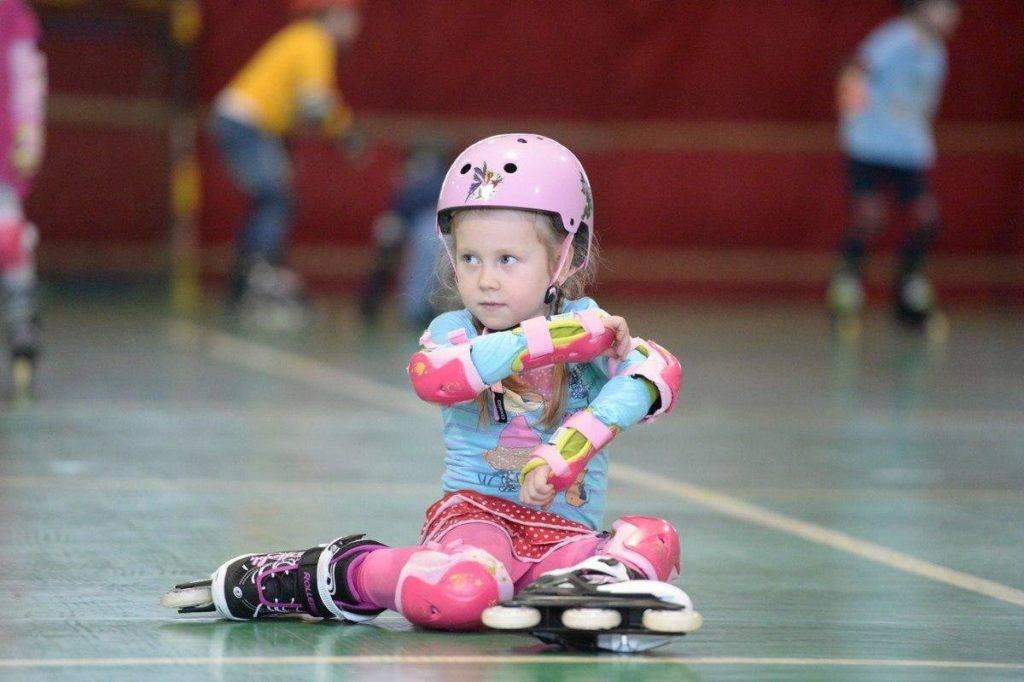 Как научиться кататься на роликах, подходящий возраст, основные этапы