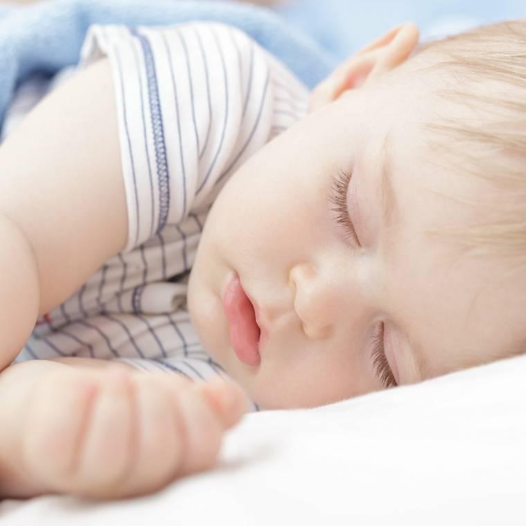 К чему снится плачущий ребенок: значение сна, в котором довелось успокаивать младенца