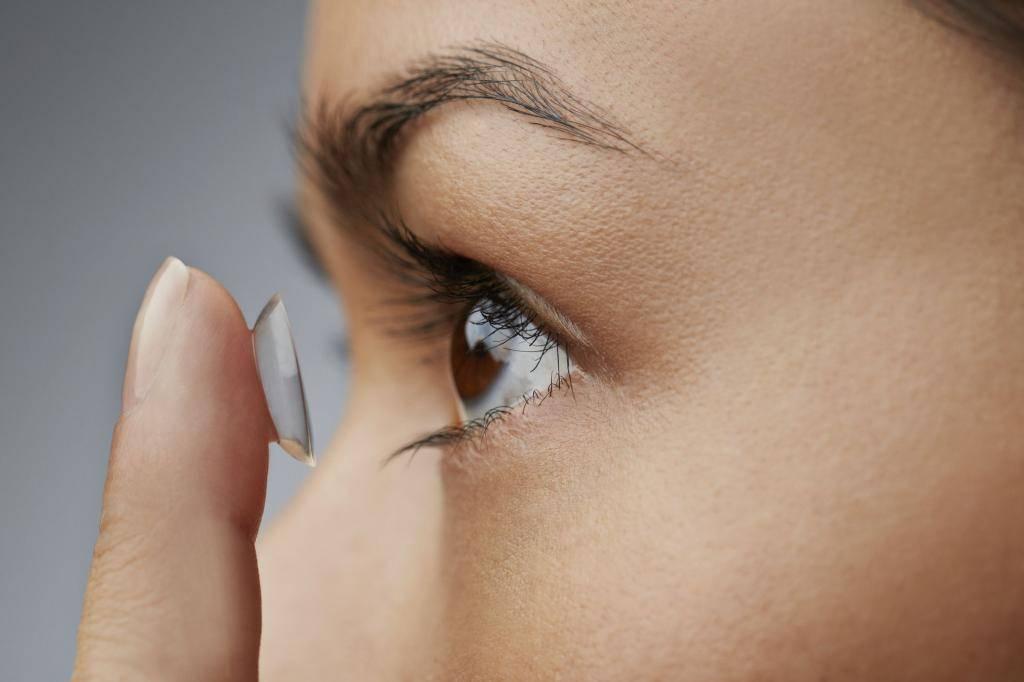 Можно ли подростку носить контактные линзы?     материнство - беременность, роды, питание, воспитание