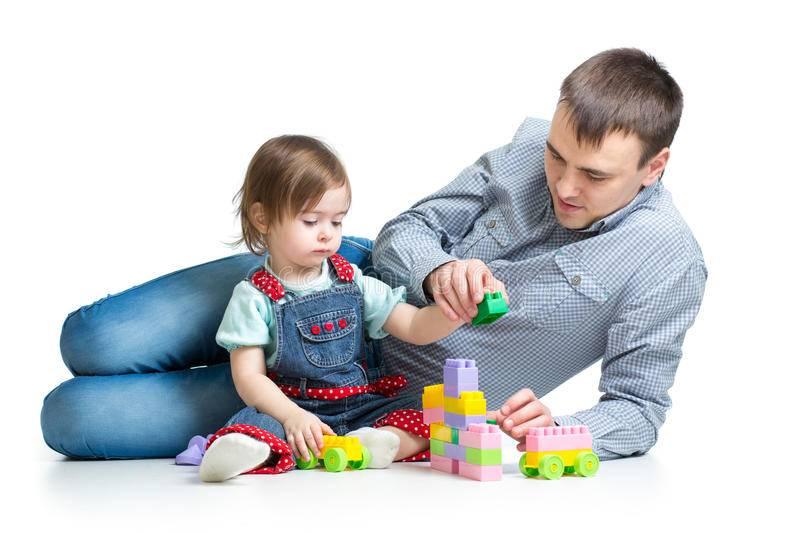 Во что поиграть папе и малышу