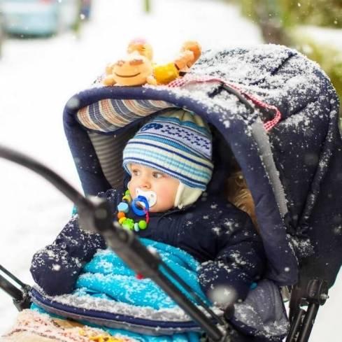 Когда можно гулять с новорожденным после роддома зимой, весной, осенью и летом