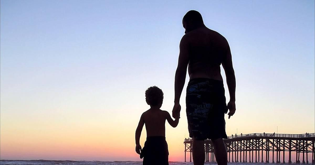 Девочки, воспитанные отцами-одиночками: почему они не похожи на других