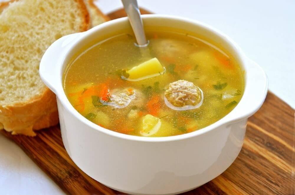 Супы для кормящих мам: разрешенные и запрещенные при гв блюда