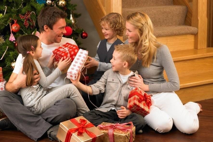 Что подарить годовалому ребенку на новый год. только лучшие идеи.