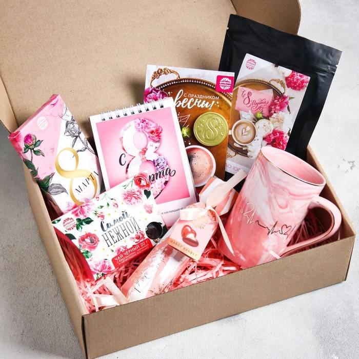 Идеи подарков девушке на 8 марта: что подарить девушке недорогое, но приятное - 94 идеи