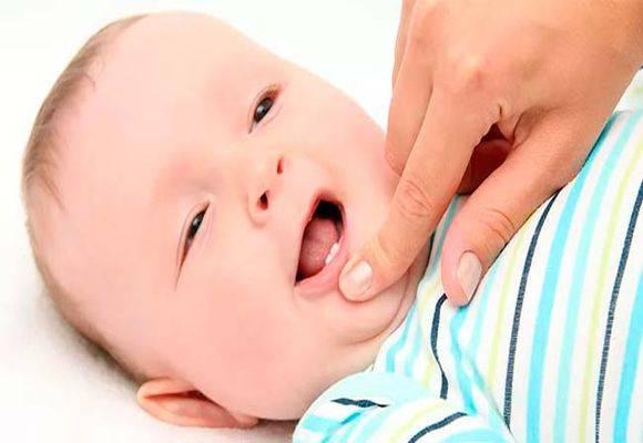 Кашель при прорезывании зубов у ребенка