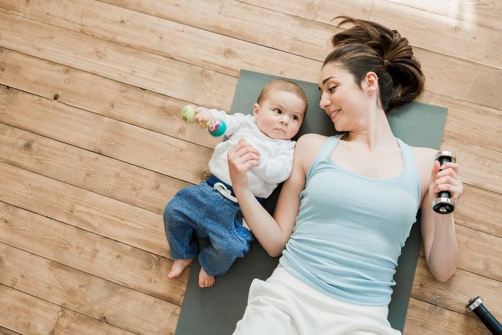 «моя мама сходит сума. что ямогу сделать?». психолог отвечает читательнице, которая хочет помочь матери