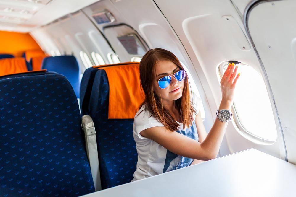 Ребенок в самолете: 10 удачных решений. что взять с собой? чем занять маленького ребенка в самолете