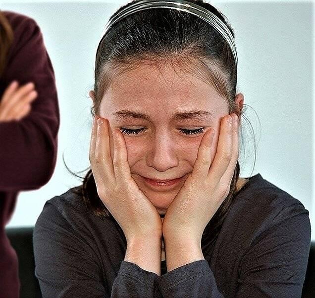 Ребенок плачет из-за ерунды: что делать?. наш ребенок.