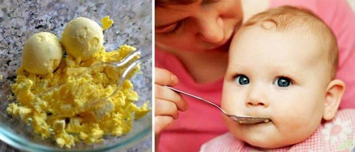 Можно ли грудничку желток: польза и вред, когда вводить в прикорм