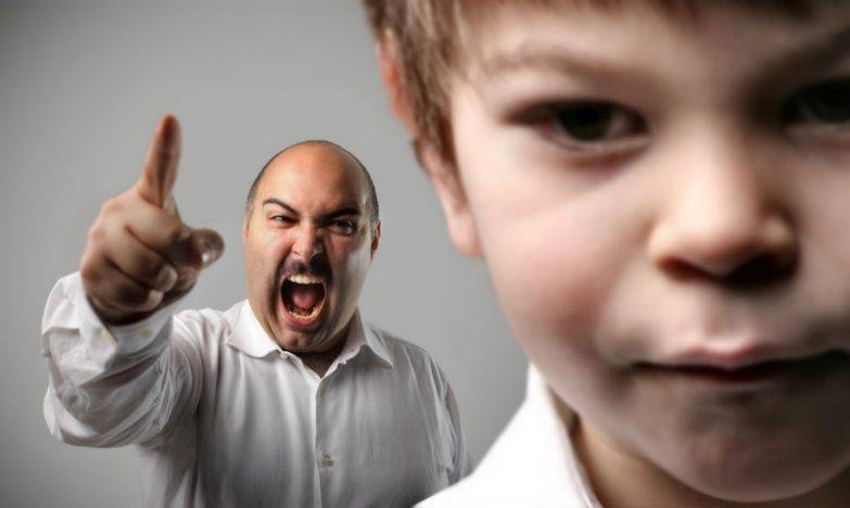 7 типов фраз родителей, которые очень раздражают - burning hut