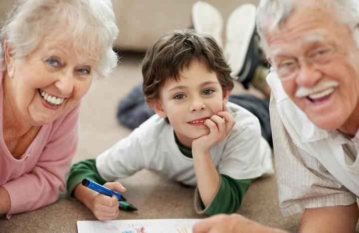 Из дневника молодой мамы — бабушка считает моего ребенка своим