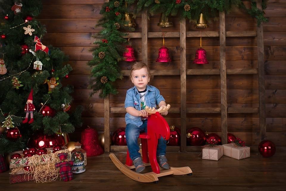 Что подарить на новый год годовалому ребенку?
