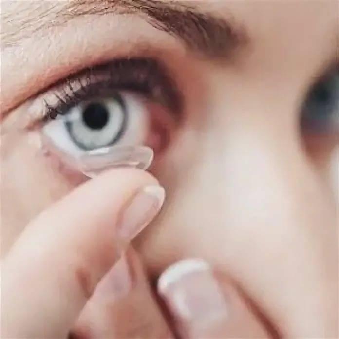 Как подбирают контактные линзы детям?