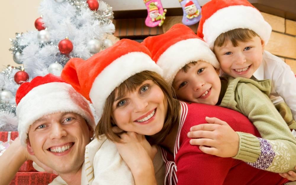 Где и как встретить новый год с маленьким ребенком