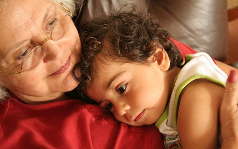 """""""непослушная"""" бабушка: о разногласии во взглядах на воспитание. как бабушки воспитывает внуков"""