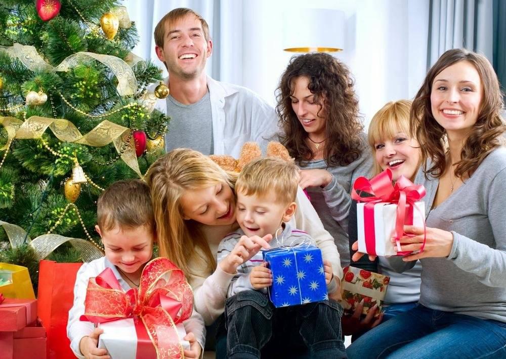 Куда поехать с детьми на новый год?
