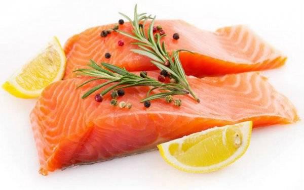 Какую рыбу можно есть кормящей матери? можно ли употреблять копченую, жареную, вяленую, соленую и сушеную при грудном вскармливании в первый месяц?