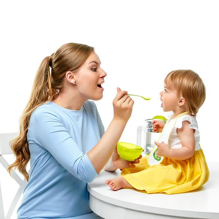 10 причин, по которым кормящие мамы завидуют мамам, которые кормят детей смесью