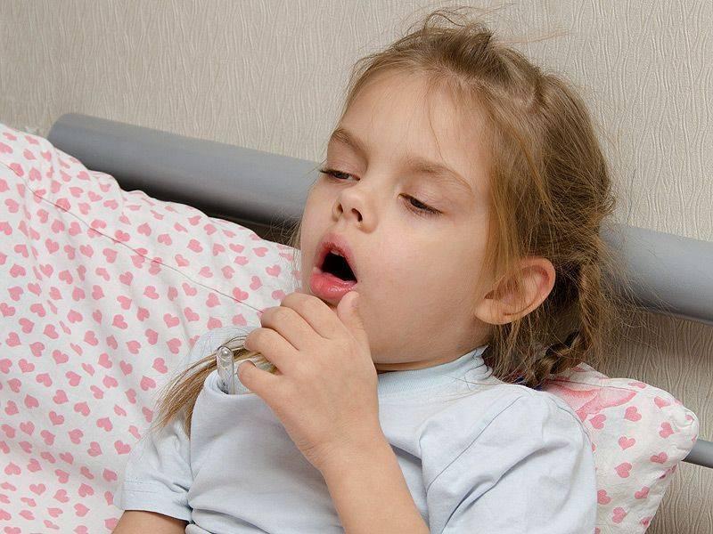 Приступ кашля у ребенка ночью
