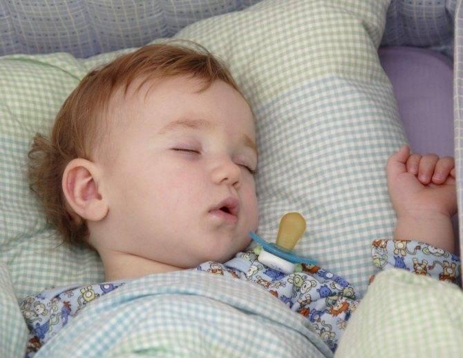 Остановка дыхания у детей во время сна: причины и лечение