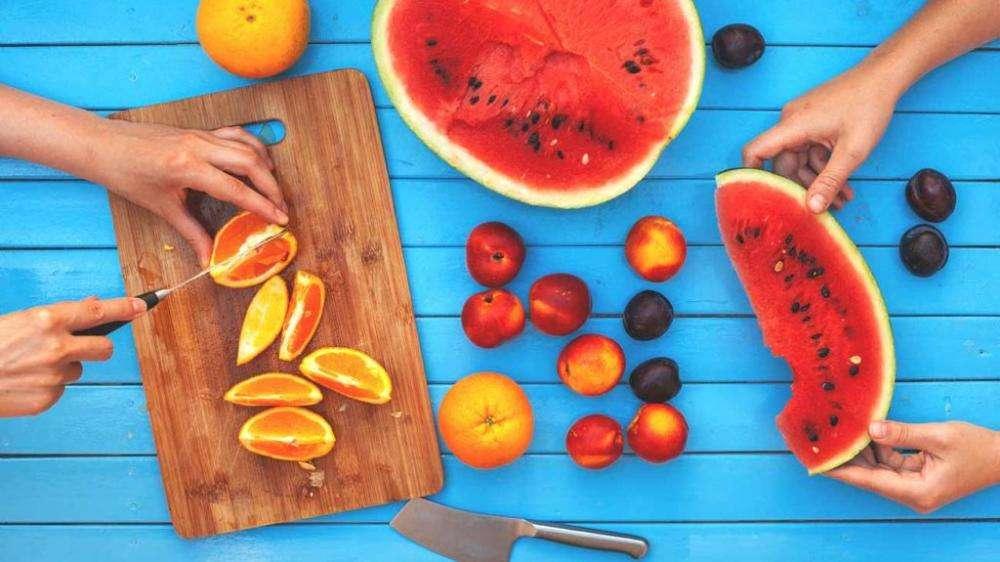 Можно ли есть арбуз при грудном вскармливании, польза, вред ягоды