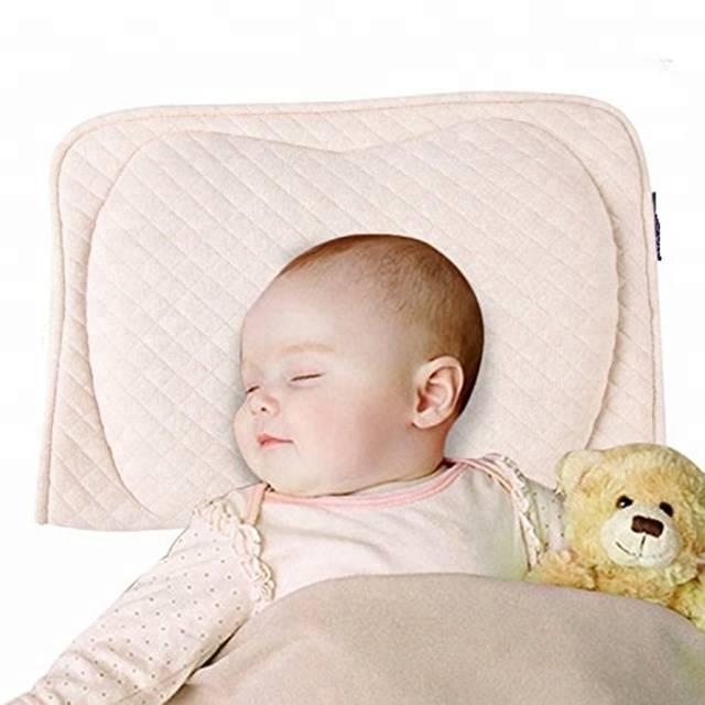 С какого возраста предлагать ребенку подушку