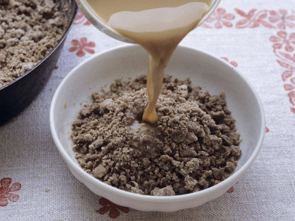 Гречневая каша для грудничка, как приготовить на воде (смеси) для первого прикорма