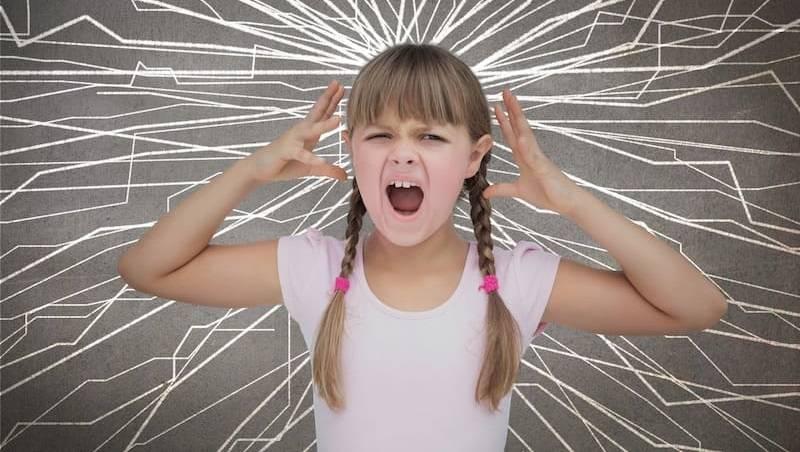 10 признаков стресса у ребенка