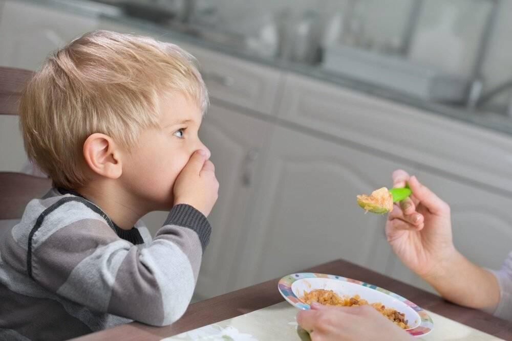 Как приучить ребенка есть овощи: советы родителям   medaboutme.ru  