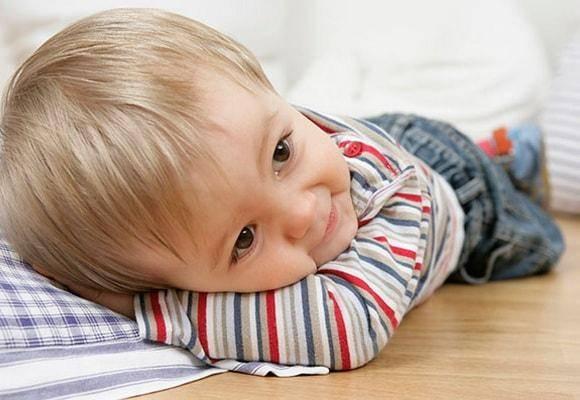 Почему ребенок 4-8 месяцев плохо засыпает
