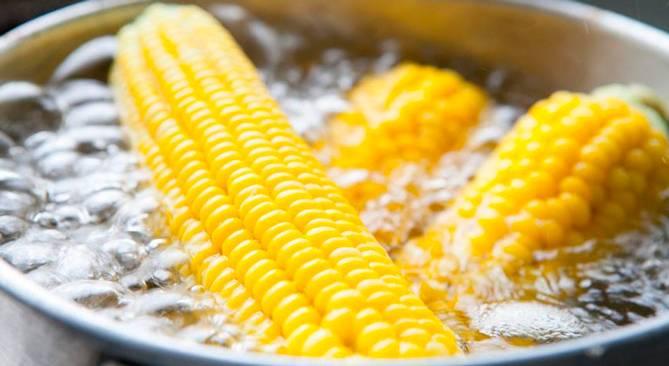 Можно ли кукурузу при грудном вскармливании новорожденного: польза и вред
