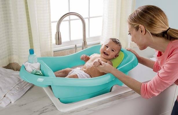 Ежедневная гигиена новорожденного ребенка