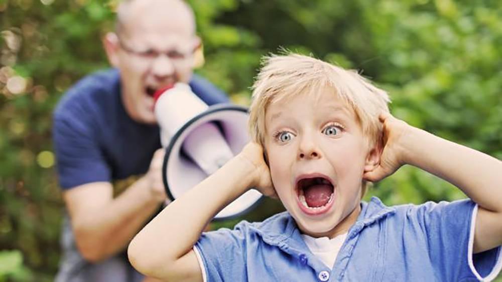 Ребёнок боится громких звуков - почему, как помочь преодолеть страх, советы специалистов